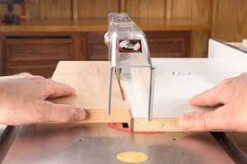 how to safely rip thin strips table saw cutting