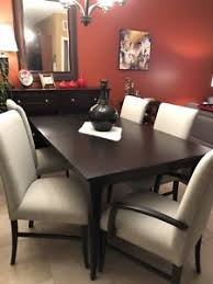Quebec Solid Oak Dining Room Table Chairs