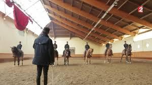 coulisses cadre noir spectacle equestre
