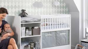 chambre bébé surface idee chambre bebe petit espace ophrey com table pour pr l