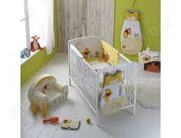 chambre bebe winnie l ourson pas cher edredon bébé babycalin edredon lit bébé 60x120 cm winnie pas cher