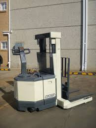 Crown Walk Behind Reach Truck. Forklift Hire, Forklift For Sale ... Ces 20648 Crown Rr2035 Reach Electric Forklift 210 Coronado Used Raymond R40tt Stand Up Deep Narrow Aisle Walk Behind Truck Hire For Rd5280230 Double 2002 400 Triple Mast Lift Schematics Wiring Diagrams How Much Does Do Forklifts Cost Getaforkliftcom 3wheel Rc 5500 Crown Pdf Catalogue Action Trucks Full Cabin For C5 Gas Forklift With Unrivalled Ergonomics And Esr4500 Reach Truck Year 2007 Sale Mascus Usa Order Picker Sp Equipment Toyota Reachtruck Fleet Management Png