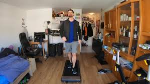 walkingpad statt schmuddelwetter spaziergänge im wohnzimmer