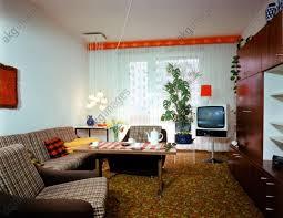 wohnen in der ddr wohnzimmer mit schrankwand carat foto