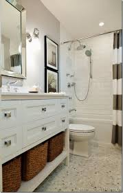 Guest Bathroom Decor Ideas Pinterest by Best 25 Long Narrow Bathroom Ideas On Pinterest Narrow Bathroom