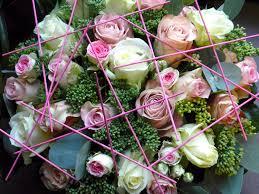 vitrine fete des meres fleuriste fleuriste seneffes nivelles vert de toi