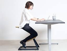 Ergonomic Kneeling Posture Office Chair by W Chair U2013 The Truly Ergonomic Desk Chair Gadget Flow