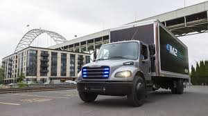 100 Penske Truck For Sale Daimler Delivers First Freightliner EM2 Commercial Electric To