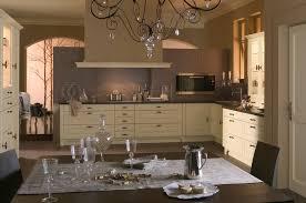 cuisine beige et taupe tonnant cuisine beige mur taupe id es architecture de waaqeffannaa