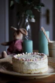 ostern rezept für zitronen kokos torte mit raffaelo