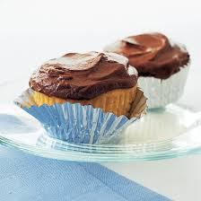 Yellow Cupcakes With Chocolate Ganache Frosting