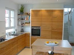 küche vom schreiner mit fahrbarem block fertiggestellte