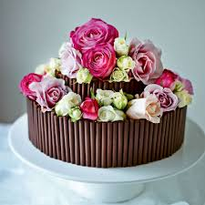 Chocolate Cake with Fresh Roses 354