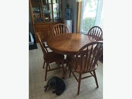Kitchen SetTable 4 Chair FOR SALE