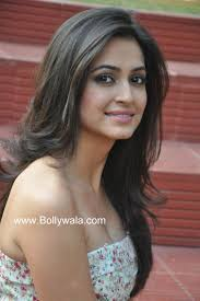 24 best Kriti Kharbanda images on Pinterest