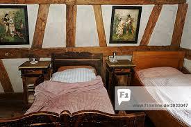 schlafzimmer aus der zeit der jahrhundertwende 19tes 20tes