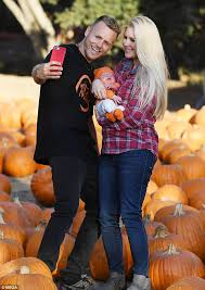 Jerry Smith Pumpkin Farm Babies And Berries by Heidi Montag And Spencer Pratt Take Baby To Pumpkin Patch Daily