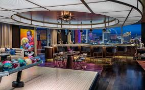 100 Palms Place Hotel And Spa At The Palms Las Vegas S Most Luxurious New Suites Have Ir Own