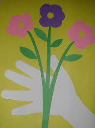 How To Make Paper Hand Bouquet Of Flowers Art Project For Kids Mothers Day