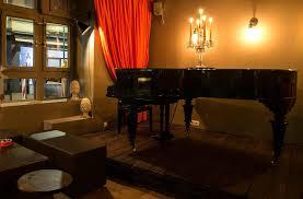 badhaus bar de eine bar