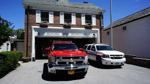 Bedford, NY – Shopping For NYC Suburbs Seagrave Fire Apparatus Bedford Hills Fd Engine 199 Tower Ladder 57 198 Sav A Tree Ny 914 5286482 East Towing Cross River 9773900 Gourmet Food Truck Stock Photos Images New York Buff Media Eight Injured As Garbage Truck Crashes Through Filebedford Tk 66 Lsf Flatbed 2012 Hcvs Tynetees Runjpg Drink Menu Lunch Truck Restaurant Restaurants Ny Best Near Me