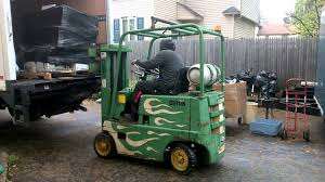 Clark Propane Forklift - YouTube Clark Forklift 15000 Lbsdiesel Perkinsauto Trans Triple Stage Heftruck Elektrisch Freelift Sideshift 1500kg Electric Where Do I Find My Forklifts Serial Number Clark Material Handling Company History 25000 Lb Fork Lift Model Chy250s Type Lp 6 Forks Used Pound Batteries New Used Refurbished C500 Ys60 Pneumatic Bargain Forklift St Louis Daily Checks Procedure Youtube