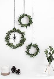 Types Of Live Christmas Trees by 75 Awesome Christmas Wreaths Ideas For All Types Of Décor Digsdigs