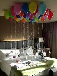 diy schlafzimmer deko ideen zum valentinstag luftballons