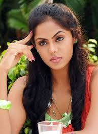 Karthika Nair Actress Gallery Cine Punch