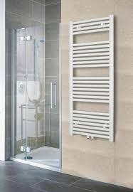 badheizkörper heizung handtuchhalter heizkörper mittelanschluss badezimmer