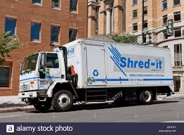 Mobile Shredding Truck Stock Photos & Mobile Shredding Truck Stock ...
