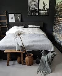 schlafzimmer schwarz rustikal einrichten dekorieren