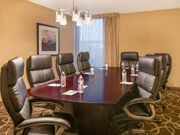 Union Park Dining Room Cape May Nj by Crowne Plaza Newark Airport Elizabeth New Jersey