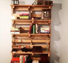 DIY Pallet Bookshelf Plans or Instructions
