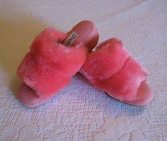Oomphies Bedroom Slippers by Pin By Pauls Favourite Furs On Retro Fluffy Slippers For Her