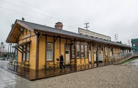 100 Century 8 Noho Old North Hollywood Rail Depot Reopens As A Commuter