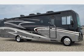 2018 Holiday Rambler Vacationer XE 36F RV Rental In Flower Mound