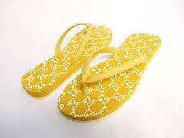 Gucci Beach Sandals Yellow Q3264 82