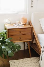 Vintage End Table With Lamp Attached by Best 25 Vintage Side Tables Ideas On Pinterest Nightstands
