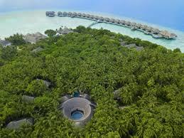 100 Dusit Thani Maldives Aerial View World Luxury Hotel Awards