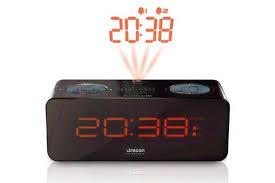 reveil heure au plafond radio réveil oregon scientific rra320p noir 1301292 darty