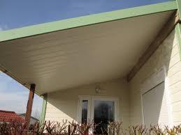 pose lambris pvc plafond exterieur maison travaux