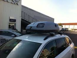 coffre toit de voiture ceci n est pas un radar installé dans un coffre de toit