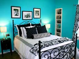 Royal Blue Bathroom Wall Decor by Bathroom Splendid Bedroom Decorating Ideas Black White And Blue