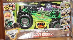 100 Grave Digger Rc Monster Truck NEW BRIGHT LARGE MONSTER JAM GRAVE DIGGER RADIO CONTROLLED RC TRUCK