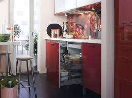 cuisines petits espaces cuisine 12 astuces pour gagner de la place