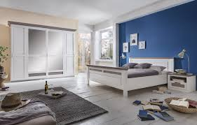 schlafzimmer set mit bett 160x200 schwebetürenschrank 266cm 2x nachttische locarno
