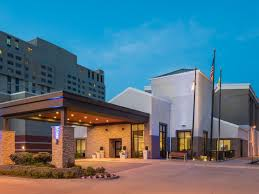 Holiday Inn Express & Suites Springfield Hotel In Springfield By IHG