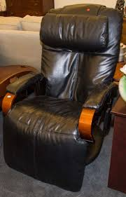Inada Massage Chairs Uk by The 25 Best Contemporary Massage Chairs Ideas On Pinterest