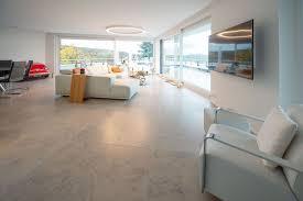 einzigartige natursteinplatten aus jura marmor in